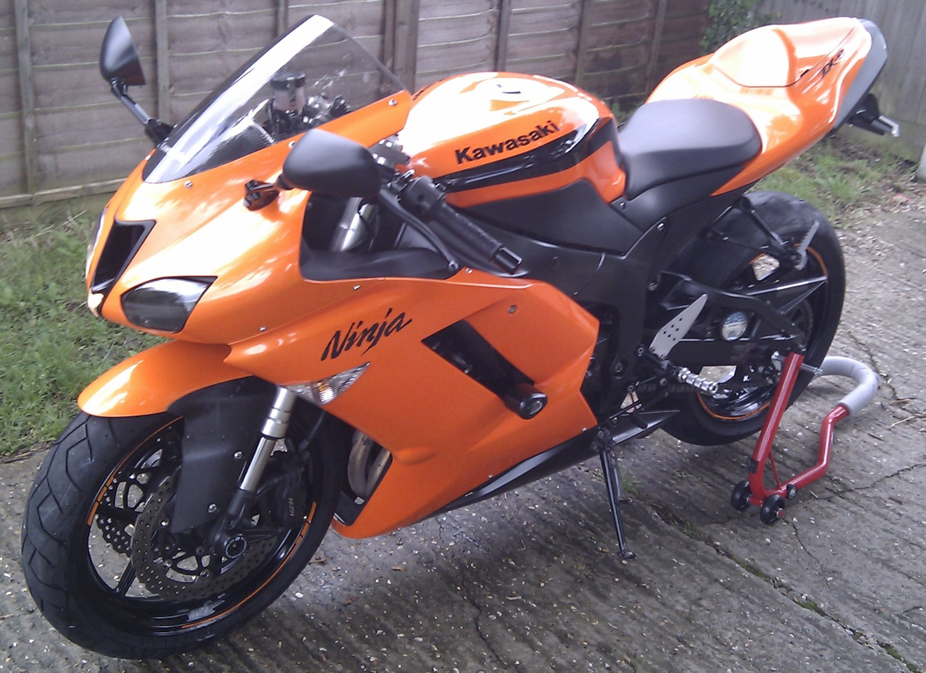 my motorbike is for sale 2007 kawasaki ninja zx6r wildfire orange. Black Bedroom Furniture Sets. Home Design Ideas