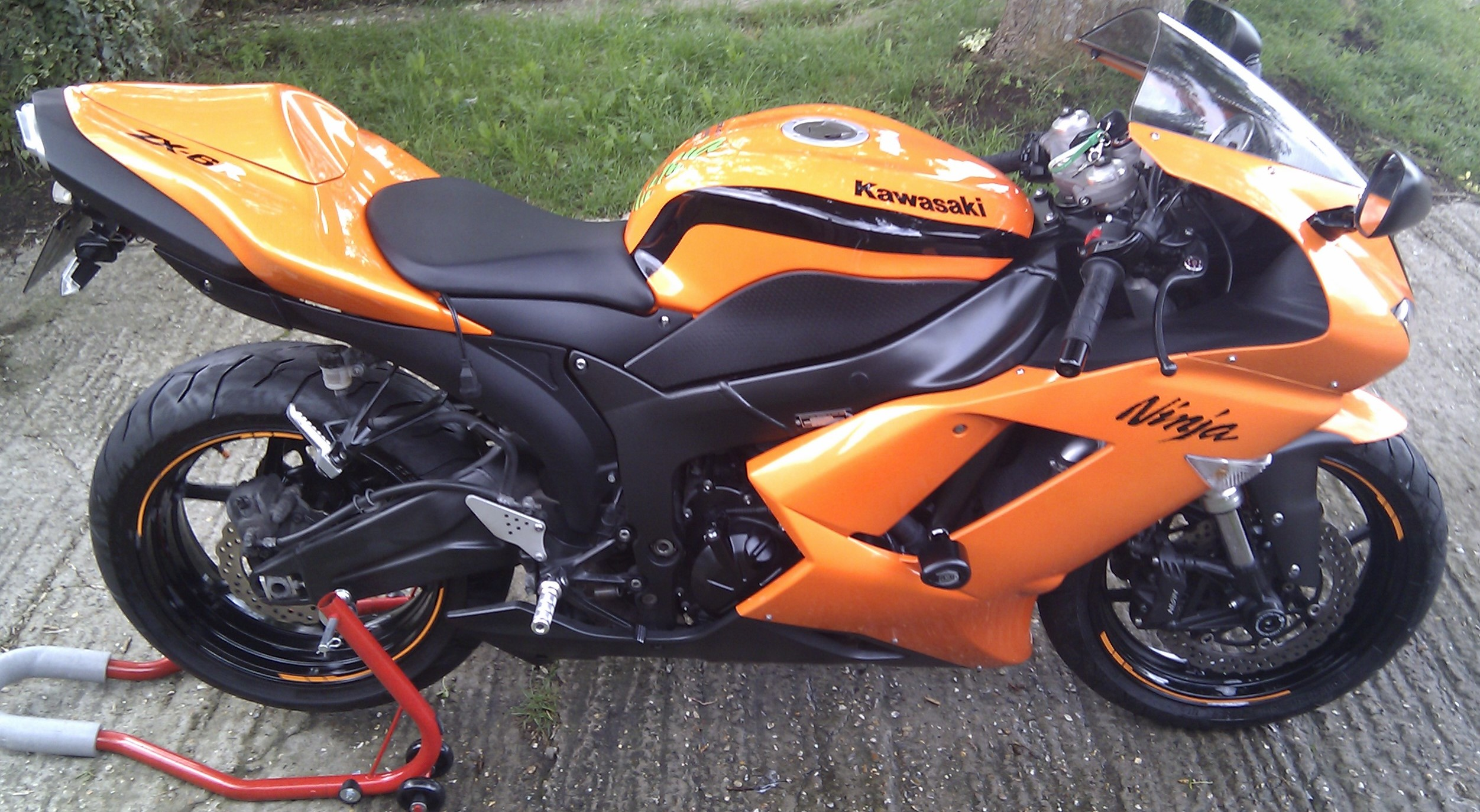 Kawasaki Ninja ZX6R Wildfire Orange